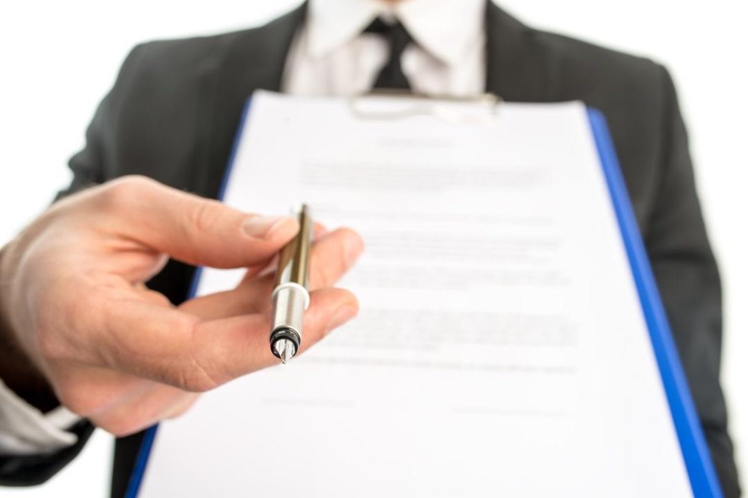 contratação-direta-emergencia-fabricada A Improbidade Administrativa e a Dispensa de Licitação por Emergência